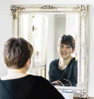 Alba en el espejo
